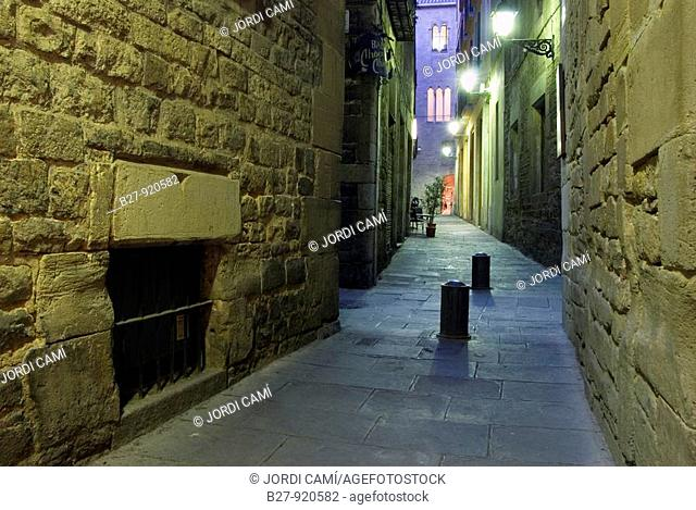 Crossroads between Carrer de Sant Domenec, Fruita and Marlet  The Major Call  Medieval Jewish Quarter, 12th-14th centuries  Barcelona city  Catalonia  Spain...