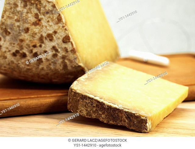 CANTAL, A FRENCH CHEESE MADE FROM COW'S MILK