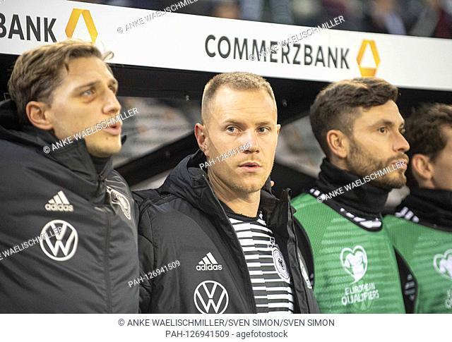 left to right Niklas STARK (GER), goalkeeper Marc-Andre TER STEGEN (GER), Jonas HECTOR (GER), playing the national anthem, football Laenderspiel