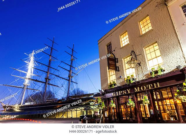 England, London, Greenwich, The Cutty Sark and Pub