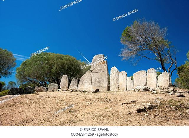 Tomba dei Giganti Li Lolghi, Arzachena, Sardinia, Italy, Europe