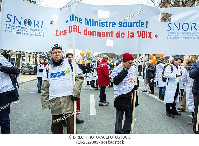 Paris, France, French Doctors on Strike Against New Health Law, Demonstration on Street, Group Marching with Banner, ORL