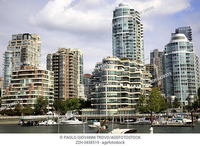 False Creek Bay alongside the Granville street bridge, Vancouver, America