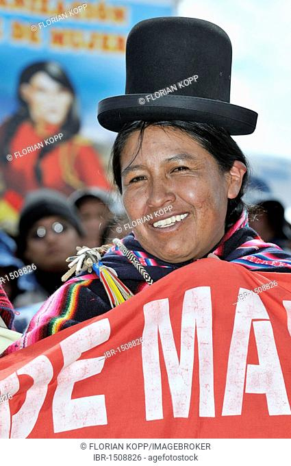 Woman in traditional dress of the Aymara at the re-election ceremony for President Evo Morales Ayma in Tiwanaku, La Paz, Bolivia, South America
