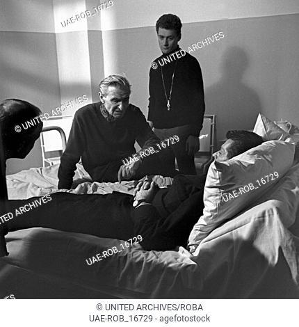S.O.S. - Morro Castle, Fernsehfilm, Deutschland 1966, Regisseur Frank Wisbar (sitzend) gibt Anweisungen