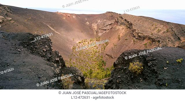 Crater of San Antonio volcano, La Palma, Canary Islands, Spain