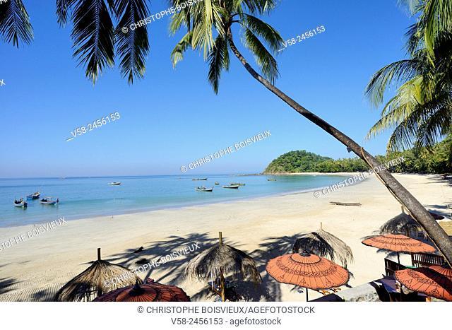 Myanmar, Rakhine State, Ngapali beach, Yoma Cherry Lodge