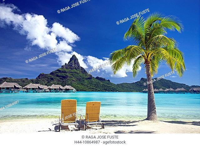 Tahiti, Society Islands, Bora Bora Island, The lagoon and mount Pahia