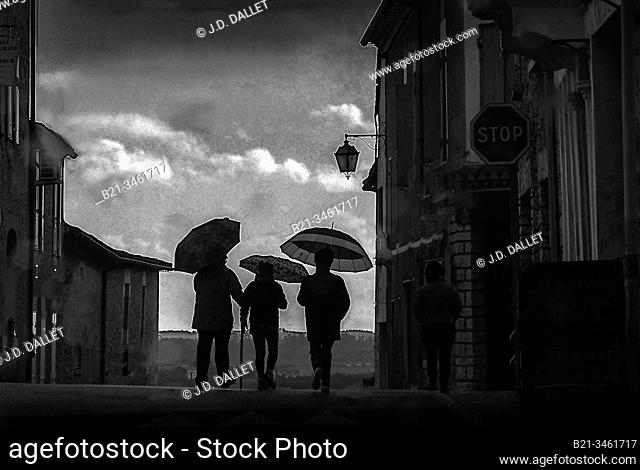 France, Aquitaine, Dordogne, rainy day in January at Villefranche de Lonchat