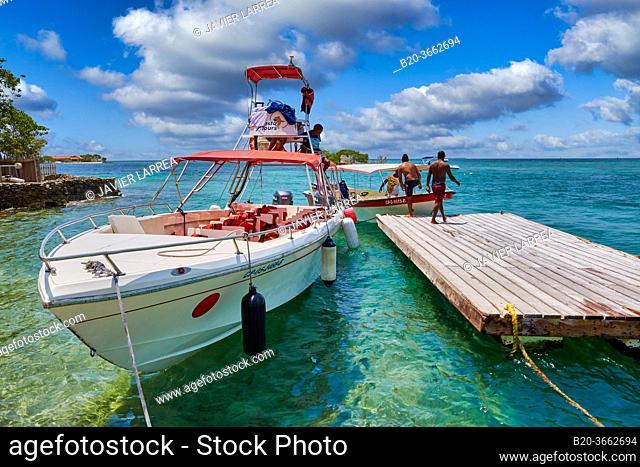 Oceanarium, San Martin de Pajarales island, Rosario Islands, Cartagena de Indias, Bolivar, Colombia, South America