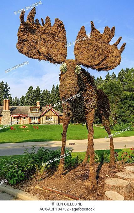 Moose topiary and Visitor Centre, Riding Mountain National Park, Wasagaming, Manitoba, Canada