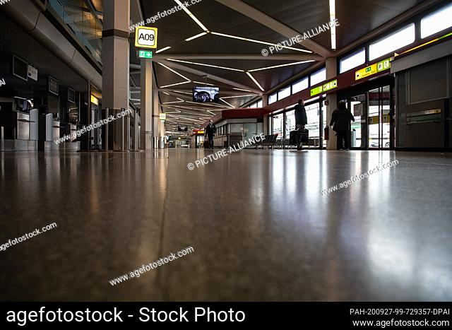 27 September 2020, Berlin: The terminal at Tegel Airport is almost deserted. The opening date of the new BER airport is scheduled for 30 October 2020 and is...