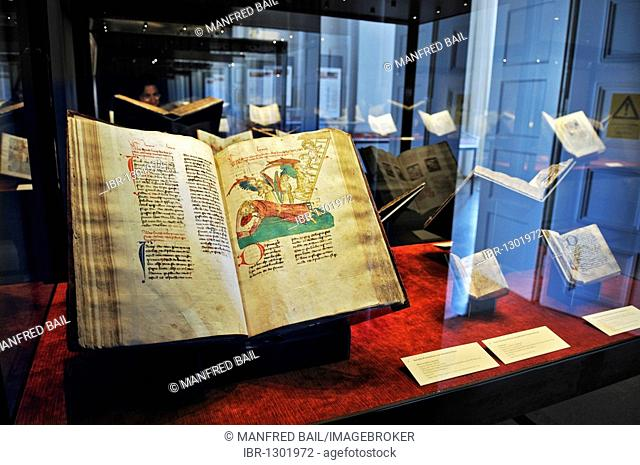 Bavarian State Library, first floor, exhibition in the Treasury, When letters became mobile – transition of media in the 15th century