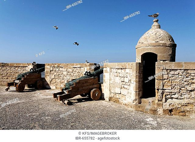 Cannons and stone watch house, Scala du Port Fortress, Essaouira, Morocco, Africa