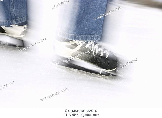 FV6845, Scott Dimond, Skates in Motion on Ice