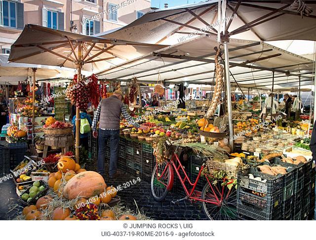 Campo De Fiori market, Rome, Italy