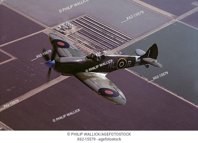 World War II British fighter: Supermarine Spitfire Mark IX