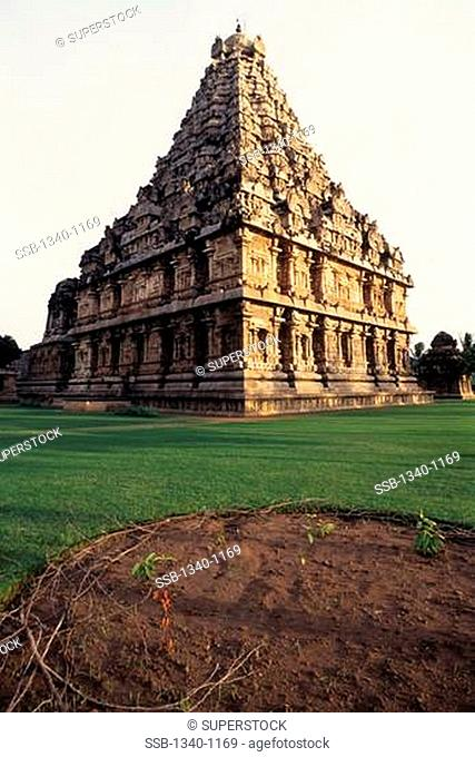Low angle view of a temple, Siva Temple, Gangaikonda Cholapuram, Tamil Nadu, India