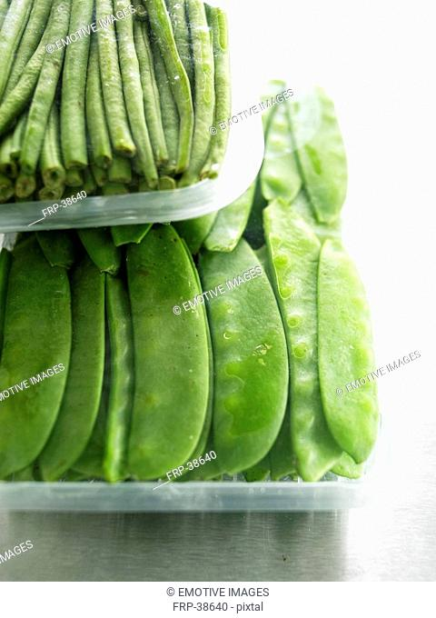 Peasecods and green beans