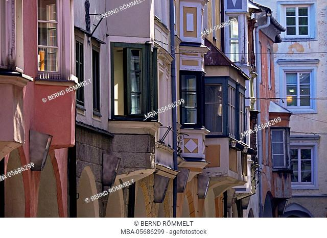 Italy, region Trentino South Tirol, province Bolzano, Eisacktal, Brixen, Old Town, houses, facades, bowers, Gibel