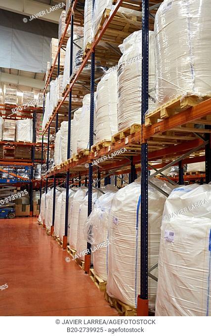 logistics warehouse, pallet storage