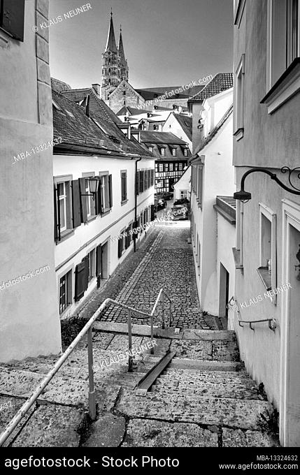 View of cathedral, alley, house facade, half-timbered, old town, Bamberg, Franconia, Bavaria, Germany, Europe
