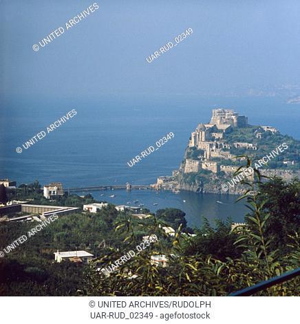 Urlaub in Italien auf der Insel Ischia, Italien 1970er Jahre. Vacation in Italy on the island Ischia, Italy 1970s