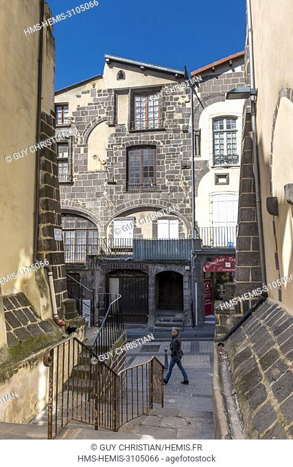 France, Puy de Dome, Clermont Ferrand, Montferrand district, rue Jules Guesde