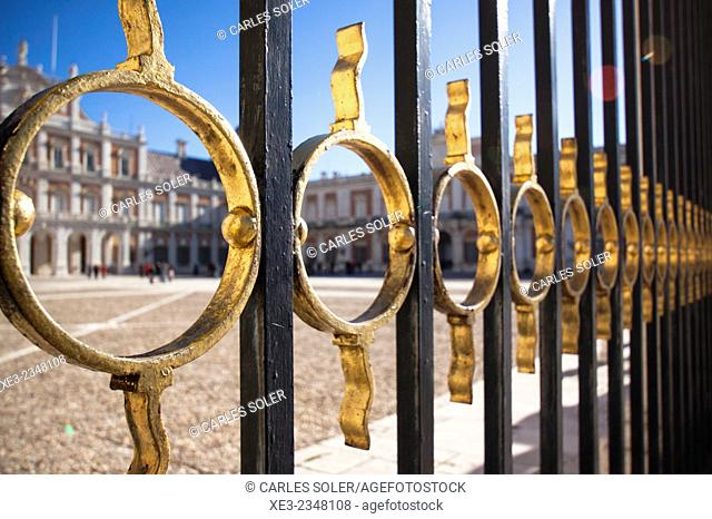 Spain, Madrid Province, Aranjuez, View of Royal Palace through architectural details of gate