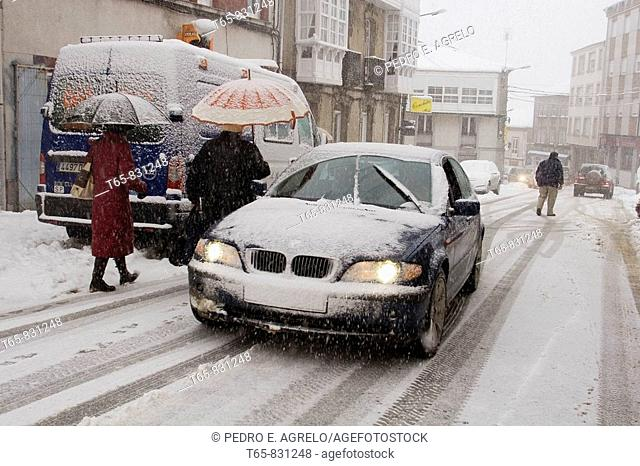 LU-530 Main Street A Fonsagrada. Lugo. Heavy snowfall