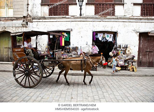 Philippines, Luzon island, Ilocos Sur, Vigan, listed as World Heritage by UNESCO, Mestizo historic district, carriages or Kalesa for visiting the city