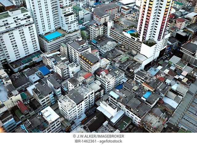 Ratchadamri Road, Krung Thep, Ratchathewi district, Bangkok, Thailand, Asia