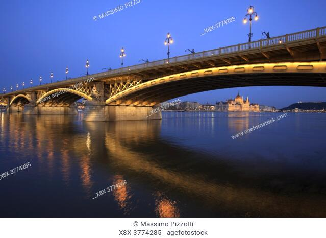 Chain Bridge with Royal Castle in the back, Budapest, Hungary