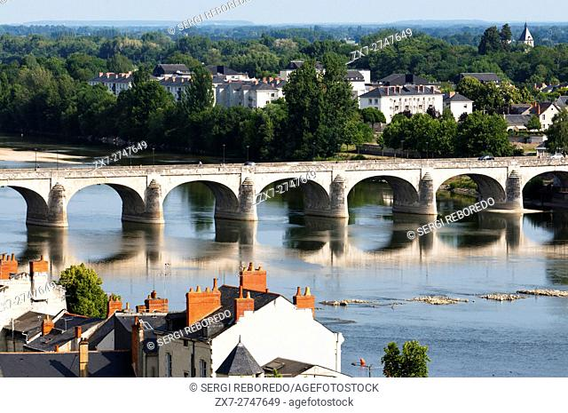 Loire river and Cessart bridge at Saumur, commune in the Maine-et-Loire department, Pays de la Loire region in western France