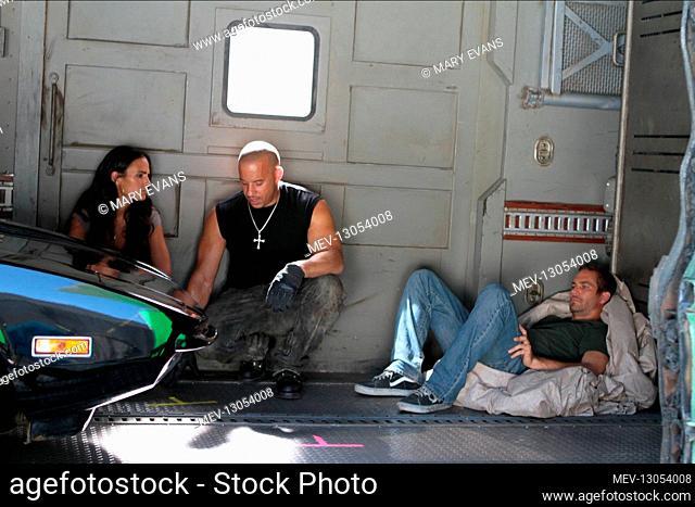 Jordana Brewster, Vin Diesel & Paul Walker Characters: Mia Toretto, Dominic Toretto, Brian O'Conner Film: Fast Five; Fast & Furious 5 (USA 2011) Director:...