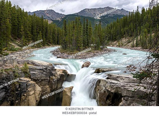 Canada, British Columbia, Jasper National Park, Sunwapta Falls