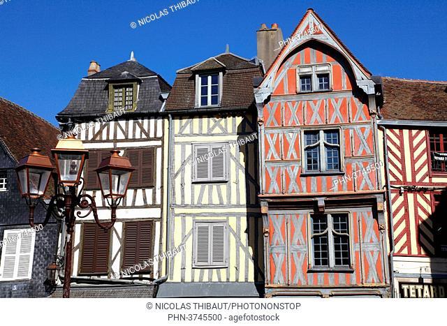 France, Bourgogne Franche Comte region (Burgundy), Yonne department, Auxerre, Charles Surugue square
