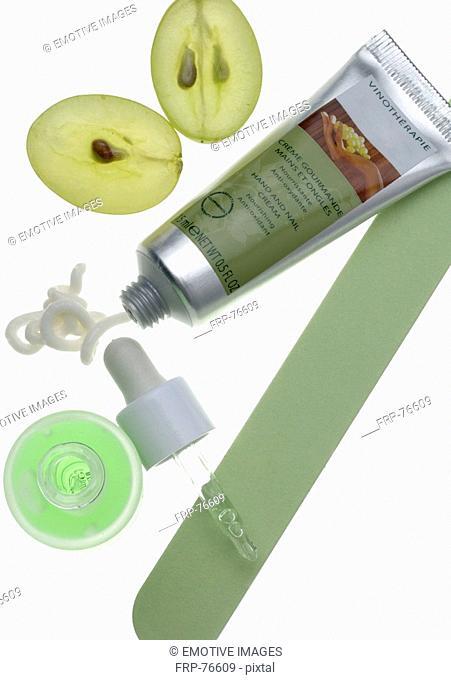 Vine therapy cream tube