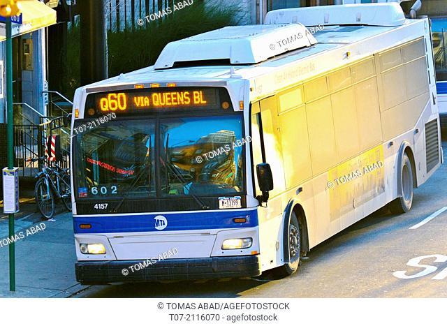 Mass Transit, MTA Public Transportation Q60 bus stop, Metropolitan Transportation Authority, 59th Street and 2nd Avenue, Midtown Manhattan, New York City, USA