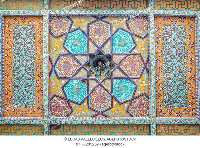 Detail of wood ceiling in Tosh-Hovli Palace, Khiva, Uzbekistan