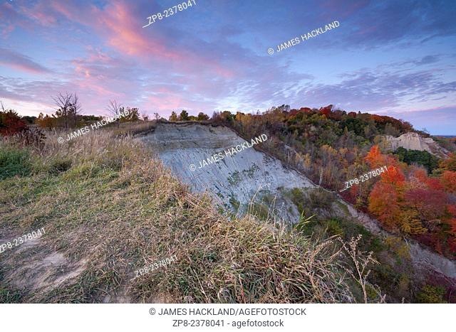 A view of the sunset and autumn colour from atop the Scarborough, Bluffs. Scarborough, Ontario, Canada