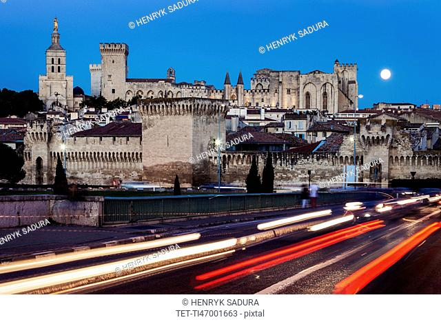 France, Provence-Alpes-Cote d'Azur, Avignon, Old town, street in foreground