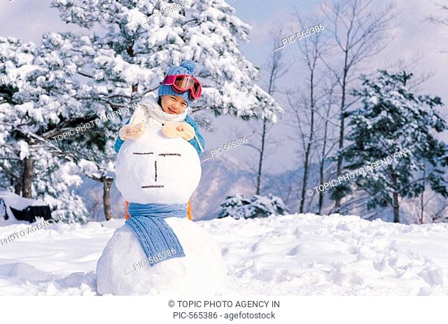 A Girl With Snowman,Korean