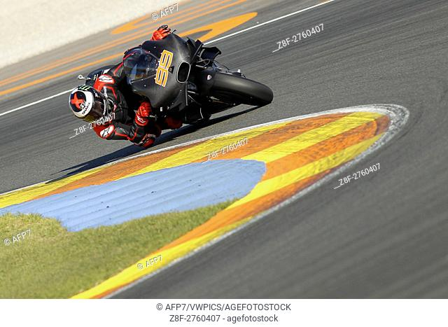99 Jorge Lorenzo of Spain and Ducati Team rounds the bend during the MotoGP Testing - 2017 Seasson at Circuit of Valencia Ricardo Tormo on November 15