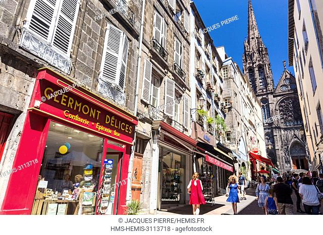 France, Puy de Dome, Clermont Ferrand, the old town, street des Gras with a view of Notre Dame de l'Assomption and its arrows