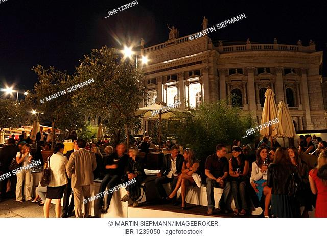 Film festival on the Rathausplatz town hall square, Burgtheater theater in the back, Vienna, Austria, Europe