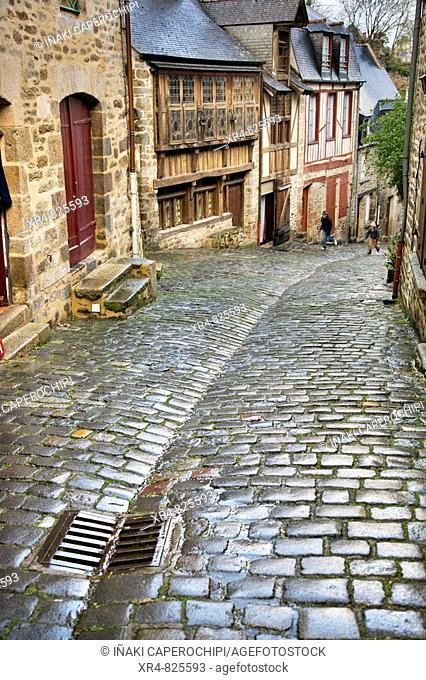 Rue du Jerzual, Dinan. Côtes d'Armor, Bretagne, France