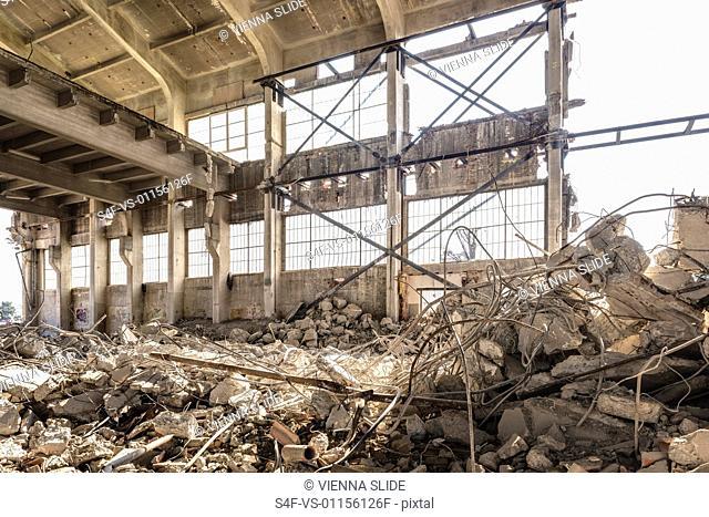 Abriss einer alten Halle