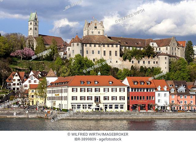 View of the town with the parish church and Burg Meersburg, Old Castle, Meersburg, Lake Constance, Baden-Württemberg, Germany
