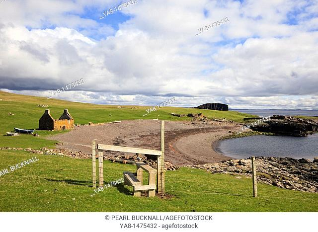 Stenness, Eshaness, Shetland Islands, Scotland, UK, Europe  Old Haaf fishing station with remains of 19th century lodges around the beach
